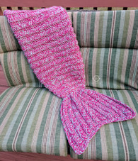 Chunky Mermaid Tail Blanket