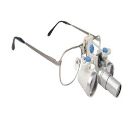 Zumax HL8300 Headlight with SLE Binocular Loupes