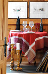 Jacquard Weave French Tablecloth - Barocos Red