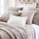 Luxe Zebre Velvet Zinc Quilt