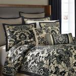 Croscill Napoleon Comforter Set