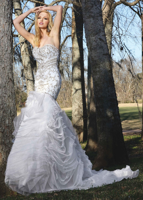 Ashley & Justin Wedding Dress 10421