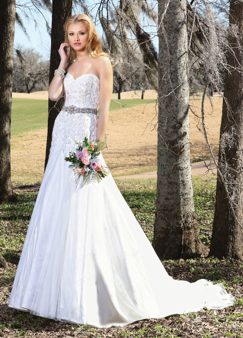 Ashley & Justin Wedding Dress 10425