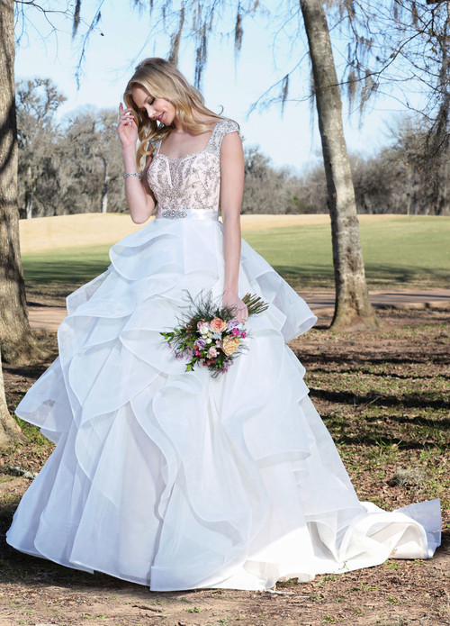 Ashley & Justin Wedding Dress 10437