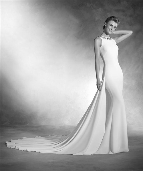 Atelier Pronovias Wedding Dress Natalia