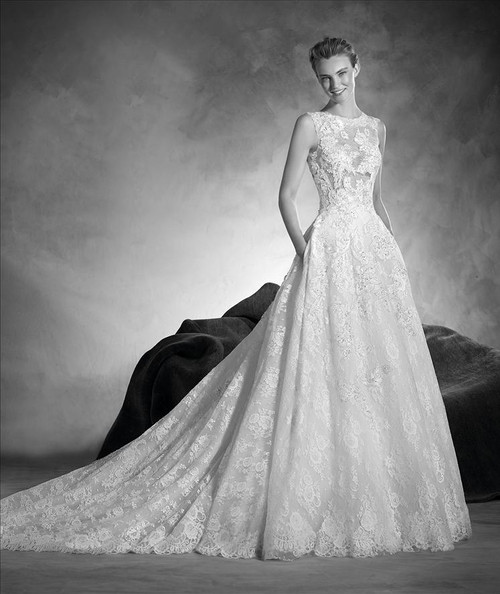Atelier Pronovias Wedding Dress Naiara
