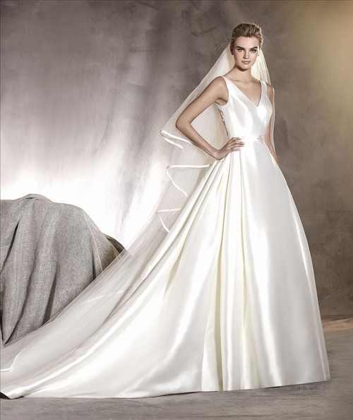 Pronovias Wedding Dress Alcoba