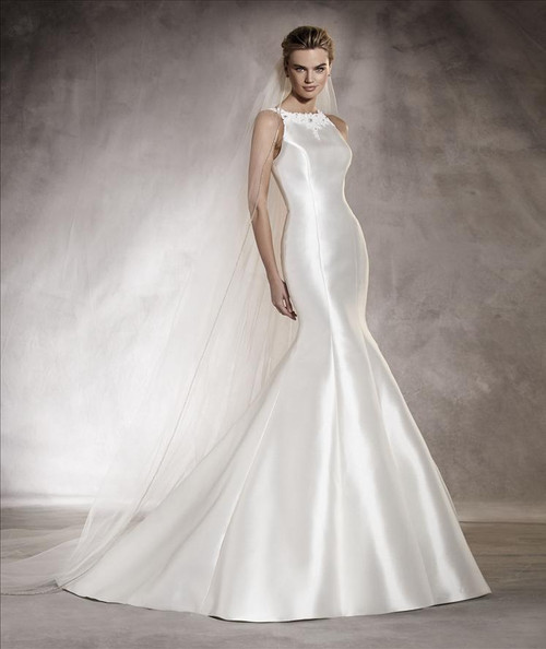 Pronovias Wedding Dress Arcila