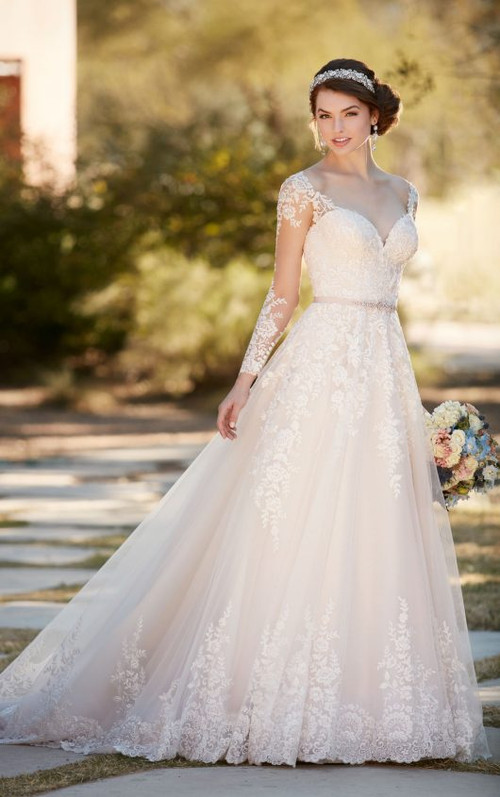 Essense of Australia Wedding Dress D2145