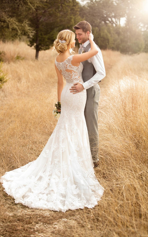 Essense of Australia Wedding Dress D2322