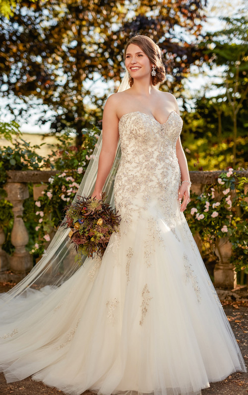 Essense of Australia Wedding Dress D2398