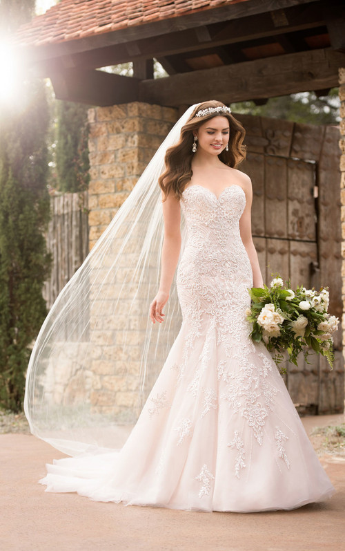 Essense of Australia Wedding Dress D2308