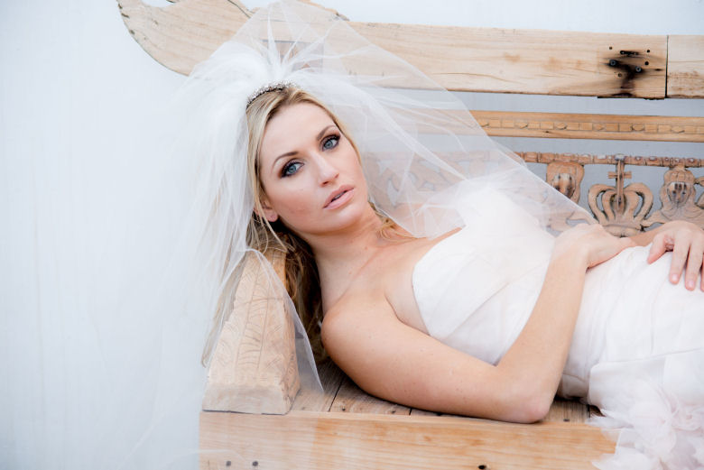 Justine. M Couture Veil
