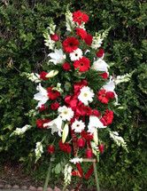 STUNNING BEAUTY RED AND WHITE STANDING SPRAY