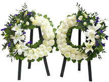 THOUGHTFUL GUESTURES WREATH SET- BLUE AND WHITE