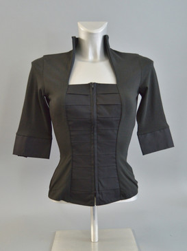 Center Pleat Blouse with Stretchy Body and Front Zipper in Black