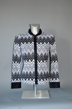 Stretchy Zig Zag Black and White Blouse