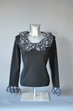 Knit Pullover Blouse in Black with Ruffled Collar and Cuffs