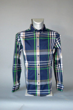 Classic Style Slim Fit Shirt in Plaid
