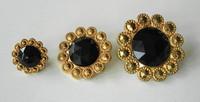 Black/Gold Daisy