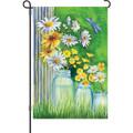 Summer Daisies: Garden Flag