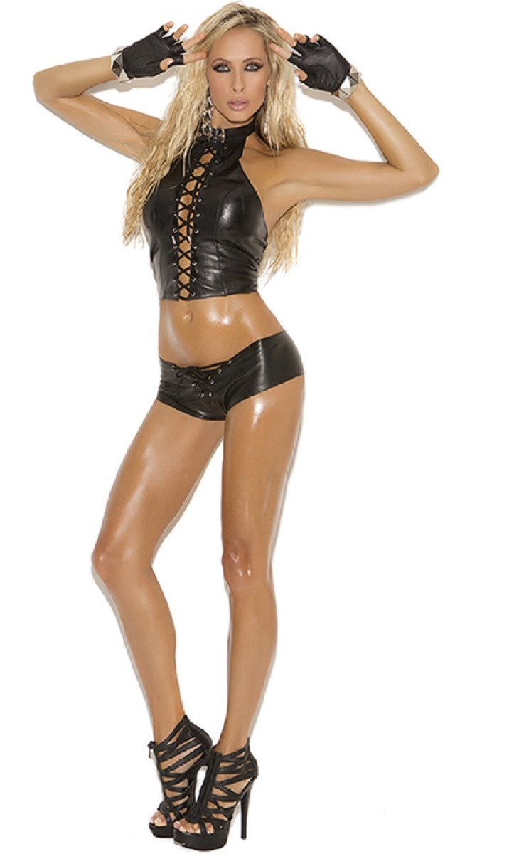 Leather Outfit - Top L7273, Shorts L7102, Gloves L9416