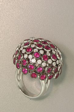 Big Ruby and Diamond Ball Dome Ring. 18K