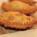 Fire roasted tomatoes, onions, and jalapeno peppers combined with chddar and Pepper Jack cheeses, packed into our empanada dough.   Units/case: 100
