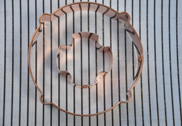 LIFE RING WITH INSET