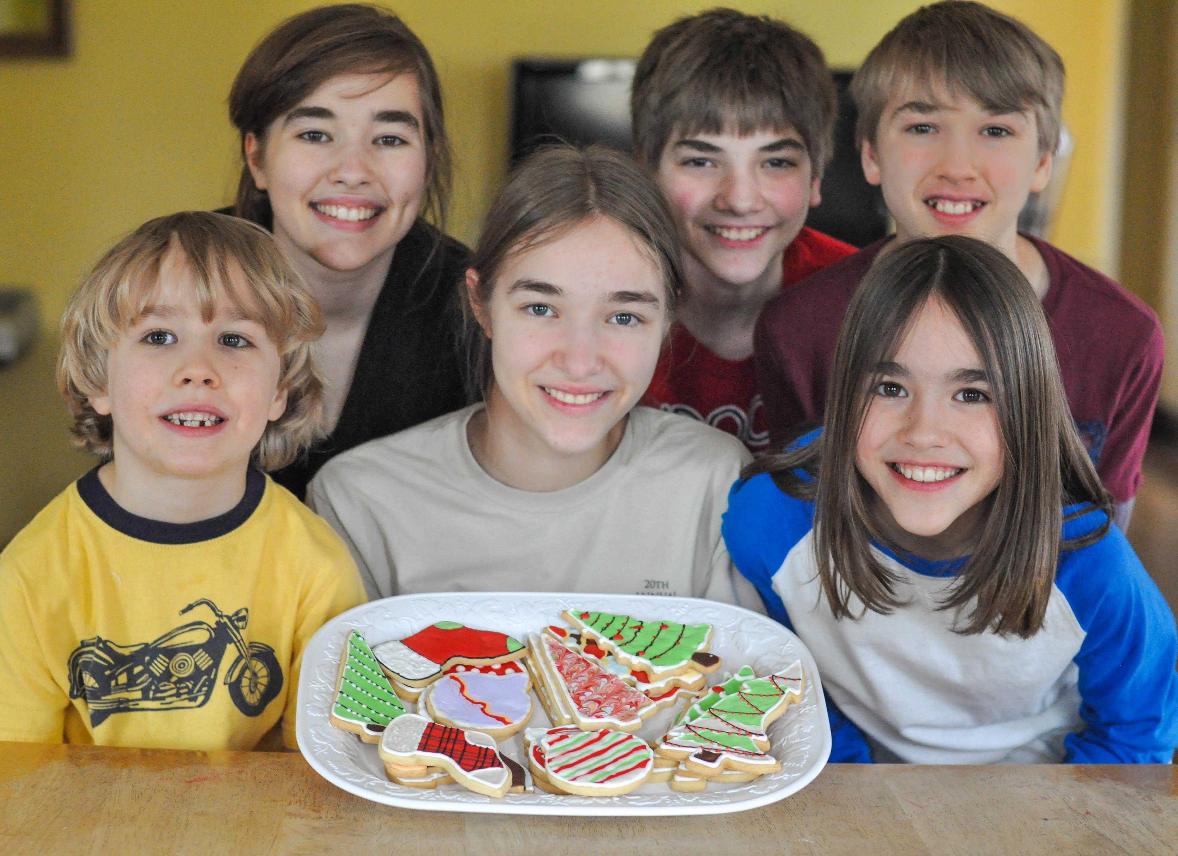 kids-with-christmas-cookies.jpg