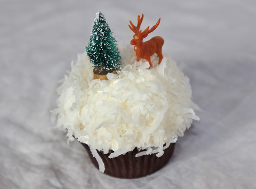 Sweet Deer Coconut Cupcakes