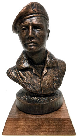 """Small US Air Force Security Forces Personnel 7"""" Total Height Military Statue Bust Mounted on a 4"""" x 4"""" Genuine Walnut Base.  Engraving Plate is 3-1/2"""" Long x 3/4"""" High."""