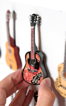 "Rock and Roll History V04 Buddy Holly 4"" Miniature Guitars with Magnet Visual Compendium of Guitar"