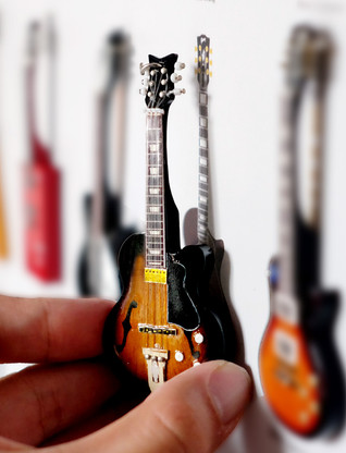 "Rock and Roll History V17 West Montgomery Sunburst 4"" Miniature Guitars with Magnet Visual Compendium of Guitar"