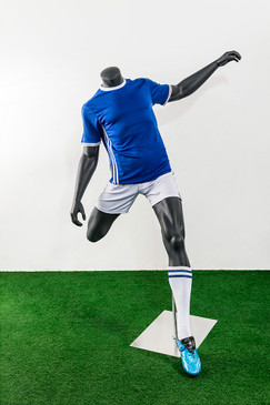 Soccer Player Male Passing Pose Mannequin Matte Grey MM-TQ03