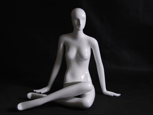 Gloss Wht Abstract Seated Female Mannequin w/face feature MM-XD07W