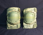 US GI MILITARY BIJAN'S DIGITAL CAMO Tactical Paintball Knee Pads NICE CONDITION