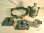 NEW / LIKE CONDITION US ARMY 1 QT.CANTEEN & VERY GOOD CONDITION CUP / AMMO POUCHES / LARGE BELT