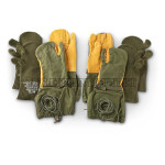 GENUINE U.S. MILITARY ISSUE QTY 2 ARMY TRIGGER FINGER MITTENS & LINERS MEDIUM NEW / UNISSUED CONDITION