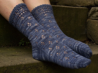 Ann Kingstone Luna's Moonlight Socks pattern
