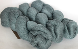 Fyberspates Scrumptious Lace Weight Yarn in Water