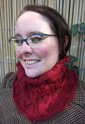 Winter Warmers - Cowl pattern from OneHandKnits