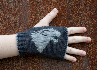 Game of Thrones: Stark mitts kit