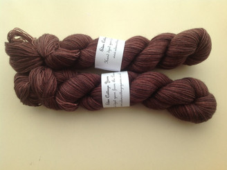 Eden Cottage BFL sock in Dark Oak (lot 230614)