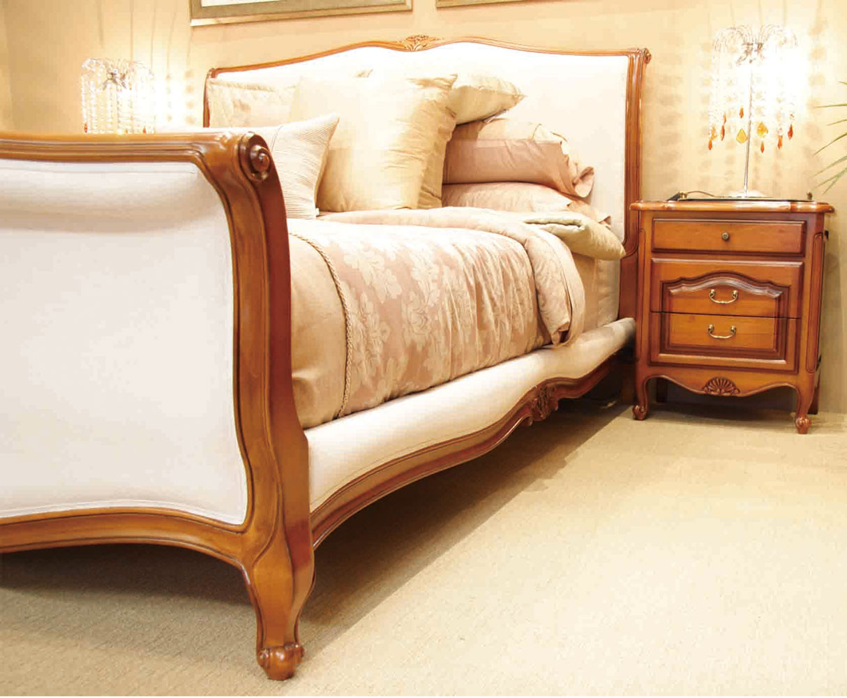 Louis be 211 king 5 piece bedroom suite cherry for Ebay bedroom suites
