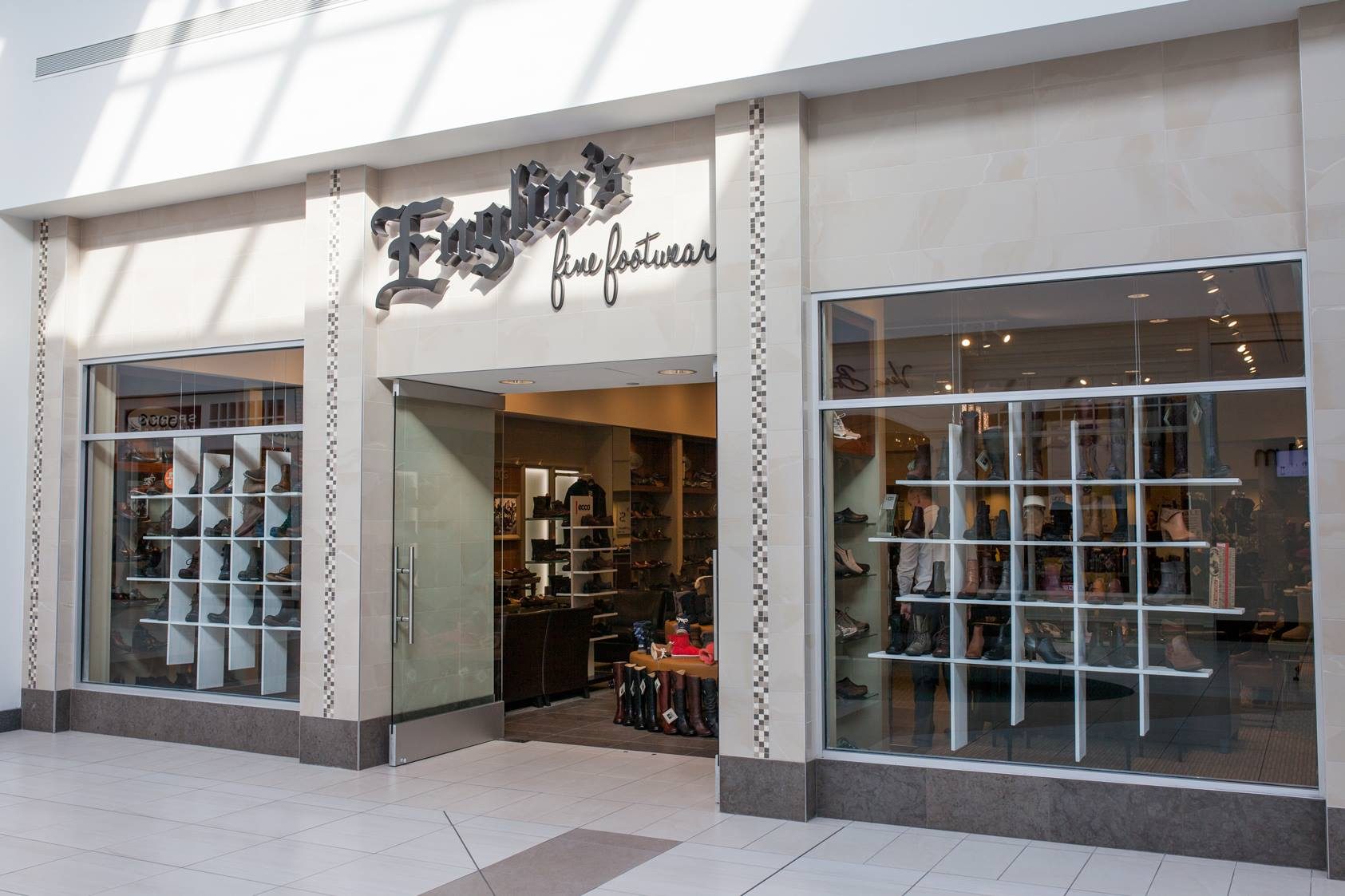 englins-fine-footwear-fashion-mall-at-keystone.jpg