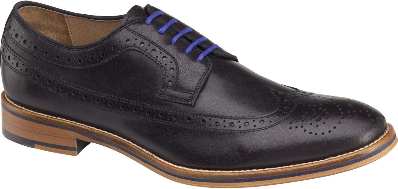 Johnston & Murphy Conard Wingtip in Black Italian Calfskin