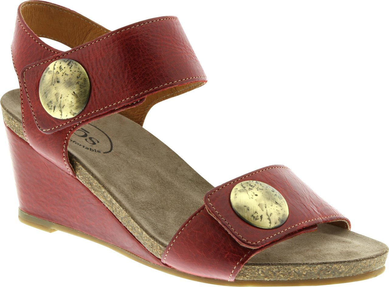 Taos Carousel 2 in Red Leather