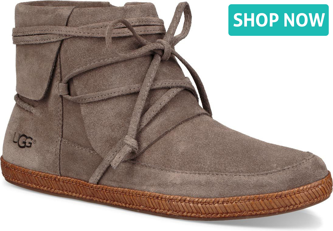 UGG Australia Reid Suede Booties discount good selling new styles cheap price sale footaction buy cheap real under $60 cheap online 6pdjKvNJE