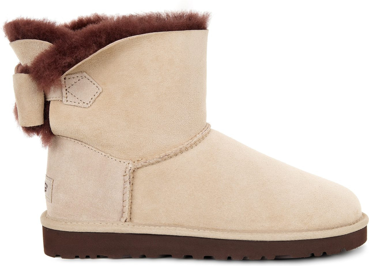 ugg naveah boots